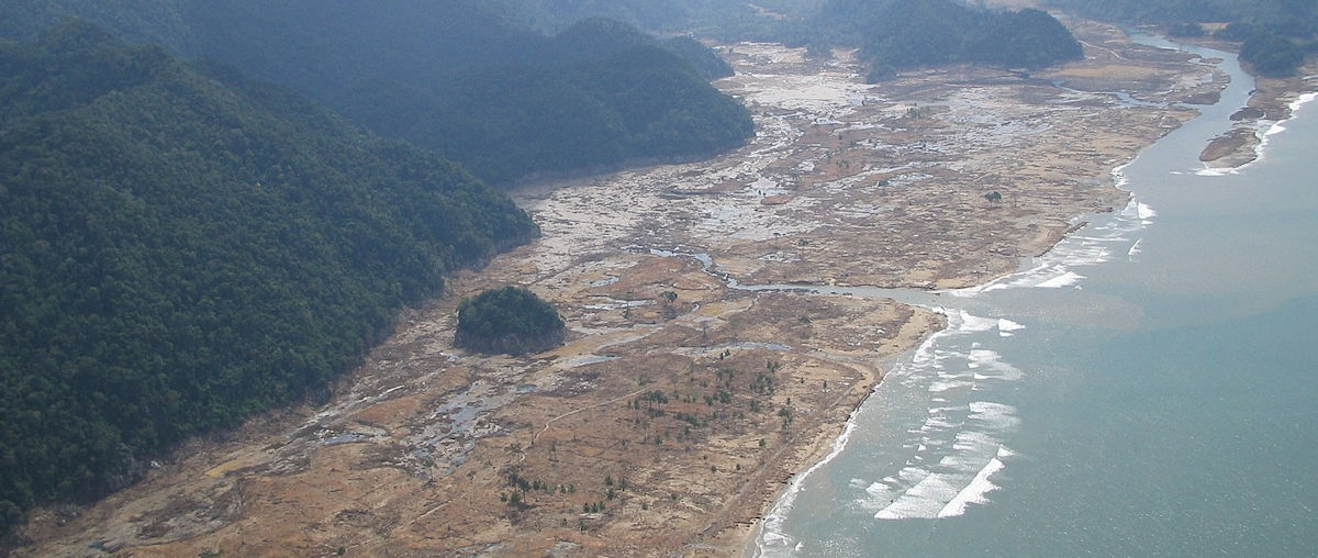 Tsunami 2004 aftermath
